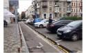 Велополосу в Киеве отделили резиновым бортом (фото)