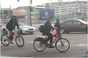 Велосипедисты раскритиковали руководителя транспортного департамента США за неправильную